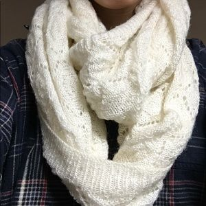 Off White Infinity Scarf